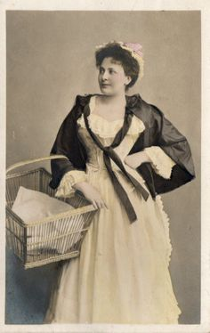 Vintage Photographic Postcard. Unknown Lady -Actress ? Australian dated 1907
