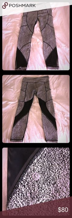 Lululemon pace rival full length leggings Size 12 full length lululemon high waisted pace rival leggings with mesh insets and pockets (both sides of the leggings). Adjustable waistband. Comfortable, light fabric with good stretch. No color fade. Barely worn. lululemon athletica Pants Leggings