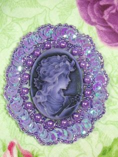Purple Cameo ~ Georgous! I really want one like this!!