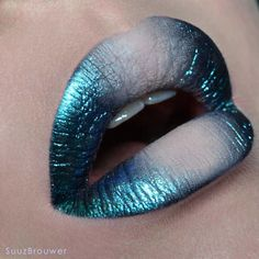 "4,626 Likes, 34 Comments - Suuz Brouwer MUA (@suuzbrouwer) on Instagram: ""- Mermaid lips - @blackmooncosmetics Bones as a base, in the corners cosmic eyedust in Asteroid and…"""