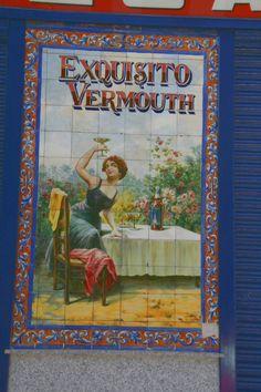 Precioso cartel de Bodegas Rosell en Madrid #apertivo #vermutmiro