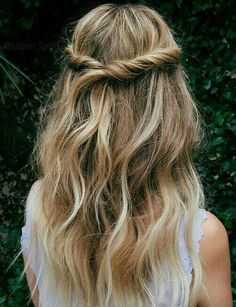 Half Roll Up Hairstyles Ideas 2018 for Women
