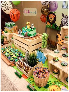 Zoo Birthday Party Ideas Photo 2 of 10 Safari Theme Birthday, Wild One Birthday Party, Safari Birthday Party, Girl Birthday Themes, Baby Boy 1st Birthday, Animal Birthday, Boy Birthday Parties, Jungle Party, Jungle Theme Parties