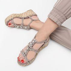 en pies imágenes de zapatos de separación nueva llegada 31 mejores imágenes de ALMA EN PENA en 2019 | Zapatos ...