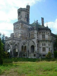 The Castle of Dona Chica is a Neo-romantic castle and/or residence located in the civil parish of Palmeira, municipality of Braga, in the northern region of Portugal. Originally designed by Ernesto Korrodi in the project suffered from a lack of. Abandoned Buildings, Old Abandoned Houses, Abandoned Castles, Abandoned Mansions, Abandoned Places, Old Houses, Old Mansions, Beautiful Castles, Beautiful Buildings