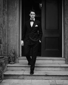 Matthew Goode - goodie or baddie, he's just great in Stoker, Brideshead Revisited, The good wife etc etc.....