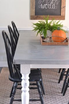 DIY Aged Zinc Table Top- I just love the colors of table & chairs-Her husband even helped her lengthen the table! Kitchen Tops, Diy Kitchen, Kitchen Ideas, Dining Room Table, Table And Chairs, Zinc Countertops, Painted Kitchen Tables, Painted Tables, Painted Chairs