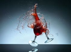 Wine Glass Smash - 'How to Freeze Time' with Karl Taylor & Urs Recher http://youtu.be/X2a5ofJ6bVE