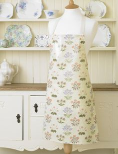 William Morris Lily Pvc / Oilcloth Apron | William Morris Lily | Laura's Beau Ltd.
