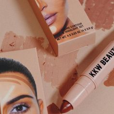 "KKW BEAUTY on Instagram: ""The #KKWBEAUTY Crème Contour & Highlight Set in Medium is a dual-ended contour stick that features two shades, ideal for sculpting hollows…"" Kiss Makeup, Eye Makeup, Contouring And Highlighting, Kardashian Jenner, Sculpting, Highlights, Beauty, Instagram, Feminine"