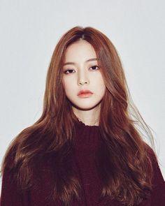 Colour and lighten hair Korean Ulzzang, Ulzzang Girl, Korean Girl, Asian Girl, My Hairstyle, Pretty Hairstyles, Korean Hairstyle Long, Korean Hairstyles, Ulzzang Fashion