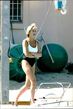 Princess Diana And Dodi, Diana Dodi, Princess Diana Pictures, Princes Diana, Real Princess, Princess Of Wales, Karen Spencer, Charles Spencer, Lady Diana Spencer