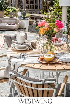 Outdoor Seating, Outdoor Decor, Oktoberfest Party, Wedding Decorations, Table Decorations, Backyard, Patio, Terrazzo, Outdoor Furniture Sets