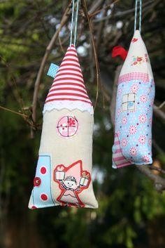 lovely little handmades: christmas crafting!!