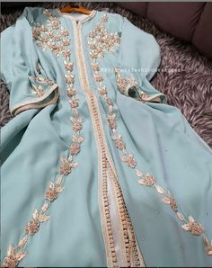 enue embroidery 💖 by . Prom Dresses Long With Sleeves, Modest Dresses, Simple Dresses, Morrocan Dress, Stylish Tops For Women, Pakistani Formal Dresses, Beautiful Dress Designs, Indian Designer Outfits, Traditional Outfits