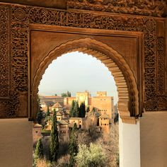 THE HISTORY OF ALHAMBRA PALACES  One of the most popular tourist sights in #Spain, the #Alhambra is an ancient palace and fortress of #Granada in #Andalusia. Constructed by the Moors  it is a fine example of the hybrid style known as mudéjar art.   Book Now your Alhambra Palaces Tour Muslim-friednly trips to Spain www.safarsalamatours.com