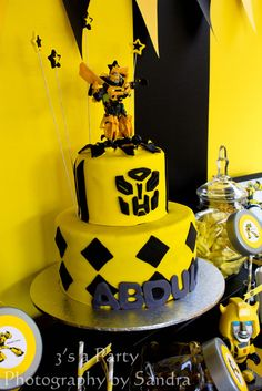 BumbleBee Transformer cake so making this for son's birthday