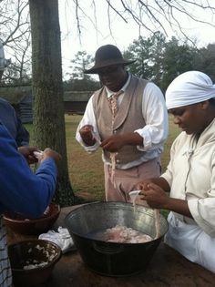 Sorting the Chitterlings - Hog Killing Time–Comments and Commentary on a Southern Plantation Tradition http://afroculinaria.com/2013/01/24/hog-killing-time-comments-and-commentary-on-a-southern-plantation-tradition/#
