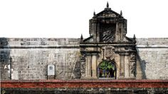 A sight-seeing tour in Manila would be incomplete without the historic walled-city of INTRAMUROS: centuries-old churches, renovated colonial buildings from the Spanish era give a must-visit free lesson in Philippine history.
