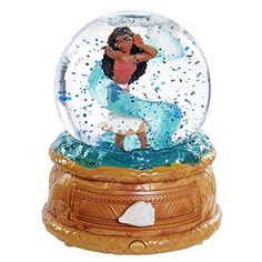 Buy Moana - Musical Globe & Jewellery Box online and save! Based on Disney's hit movie Moana comes the Moana Musical Globe and Jewellery Box. Moana is a sweeping adventure about a spi. Snow Globes For Sale, Jewelry Box Store, Music Jewelry, Princess Toys, Princess Moana, Princess Gifts, Disney Snowglobes, Musical Snow Globes, Moana Birthday