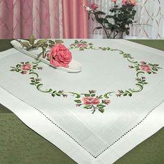 This Pin was discovered by suk Embroidery Stitches, Embroidery Patterns, Hand Embroidery, Cross Stitch Patterns, Machine Embroidery, Cross Stitch Rose, Cross Stitch Flowers, Crochet Tablecloth, Bargello