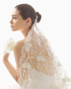 Wedding veil. Rosa Clará 2016 Accessories Collection.