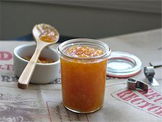 Kumquat Marmalade with a hint of Ginger Low Carb Recipes, New Recipes, Vegan Recipes, My Favorite Food, Favorite Recipes, Candied Fruit, Vegetable Drinks, Mushroom Recipes, Pickling