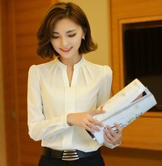 2016 Spring Summer New Fashion Stand Collar V-Neck Solid White Chiffon Blouse Women Long Sleeve Elegant Blouse Blusas Femininas White Chiffon Blouse, Chiffon Shirt, Pleated Shirt, Blouse Styles, Blouse Designs, Blouse Patterns, White Fashion, New Fashion, Dandy Look