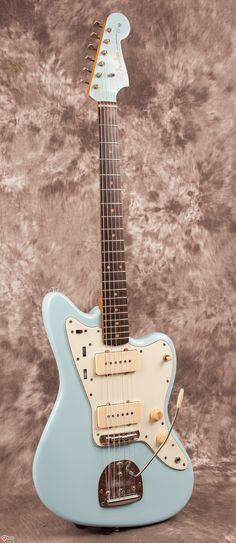1961 Fender Jazzmaster Daphne Blue