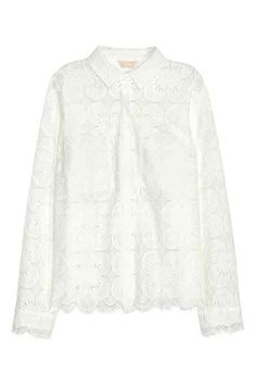 Lace blouse: Long-sleeved blouse in lace with chest pockets and concealed buttons down the front. White Lace Blouse, Ruffle Blouse, Latest Fashion For Women, Fashion Online, New Outfits, Girl Outfits, New Wardrobe, Classic Wardrobe, Wardrobe Staples
