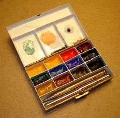 Dr. Sketch shares his process of making tiny watercolor kits from old things like compacts and cigarette cases.