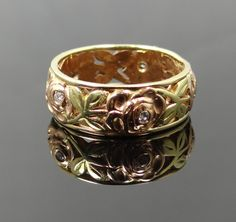 Lovely 1940s Openwork Rose Design Two Tone Diamond Eternity Band - RGDI300P