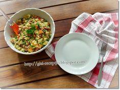 Zöldséges bulgursaláta | Kemény Tojás receptek képekkel Quinoa, Grains, Rice, Cooking, Food, Bulgur, Kitchen, Essen, Meals