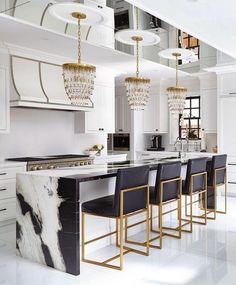 Modern Kitchen Interior Remodeling Cozinha preto e branco - Luxury Kitchen Design, Best Kitchen Designs, Luxury Kitchens, Interior Design Kitchen, Cool Kitchens, Design Bathroom, Remodeled Kitchens, Stone Interior, Bathroom Marble