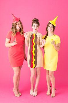 How To Make A Hot Dog Costume | studiodiy.com Three Person Halloween Costumes, Cute Group Halloween Costumes, Halloween Outfits, Couple Halloween, Halloween 2018, Diy Halloween, Halloween Photos, Halloween Halloween, Vintage Halloween