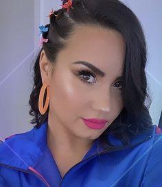 Demi Lovato Hair, Demi Lovato Body, Beautiful Female Celebrities, Beautiful Women, Demi Lovato Pictures, Flawless Beauty, Celebrity Crush, Selena Gomez, Celebs