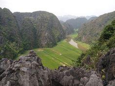 Vue depuis le haut de la Mua Cave, côté pile. #Vietnam