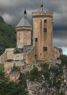 Chateau de Foix (Foix Castle), Foix, Ariege, France.
