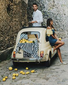 JULIE SARINANA Ravello kevinberruuuFeeling vintage.  #fiat500  - @grantlegan