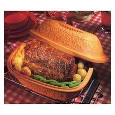 Clay pot beef....mmmm!  Evelyn can I borrow your Romertopf?