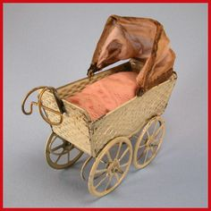 Silver Cross Prams, Vintage Pram, Prams And Pushchairs, Baby Buggy, Dolls Prams, Baby Carriage, Antique Toys, Carousel, Baby Strollers