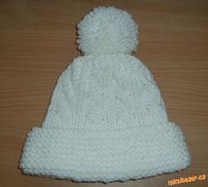 Velmi jednoduchý copánkový kulich | Mimibazar.cz Crochet Beanie Hat, Beanie Hats, Crochet Hats, Diy And Crafts, Knitting, Handmade, Hana, Accessories, Fashion