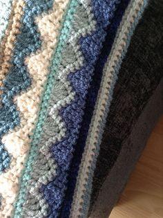 Summer Mist Throw - wonderful free crochet pattern #crochet #homedecor