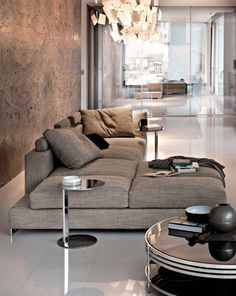 Join us and enter the world of luxury and modern furniture and lighting! Get the best living room inspirations for your entryway at luxxu.net