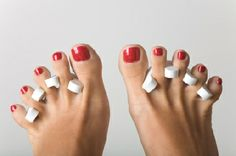 Will getting a pedicure help you go into labor? Find out the truth about whether getting a pedicure will help you go into labor. Pedicure At Home, Pedicure Spa, Manicure And Pedicure, Pedicure Chair, Pedicure Ideas, Beauty Secrets, Diy Beauty, Beauty Hacks, Beauty Tips