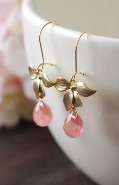 Matte Gold Flower Cherry Quartz Earrings