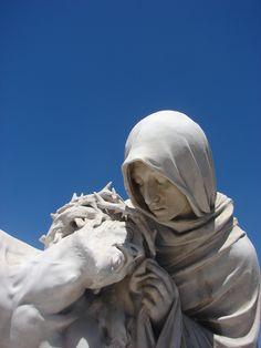 Conjunt escultoric a Notre Dame de la Garde (Marsella, 2012)