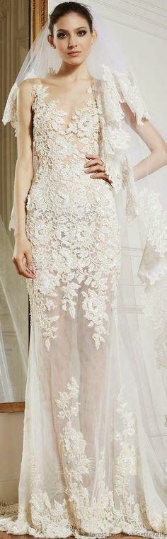 Estes vestidos não tratam-se de crochê..  Porém... podemos sim tentar utilizá-los como inspiração para trabalharmos com o crochê rendado.....