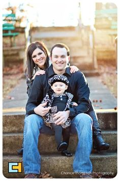 family picture, sunset, one year old girl picture, children photography, baby picture, Nevada Mo Photographer