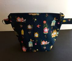Knitting bag is large enough for shawl of socks. Inside has cute print. Comes with cuckoo clock charm pull. measurement approx. 13 x 10 x 6